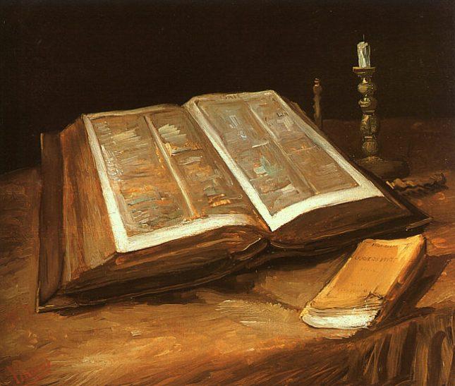 Naturaleza muerta con Biblia