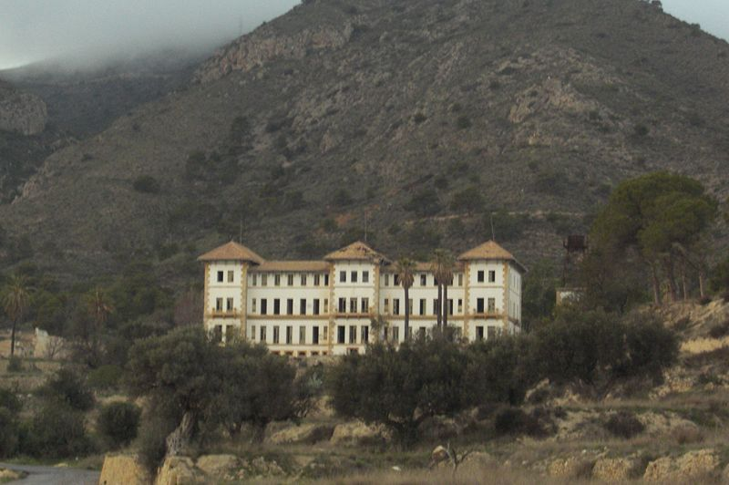 Hospitales y sanatorios abandonados (España) | La Exuberancia de Hades