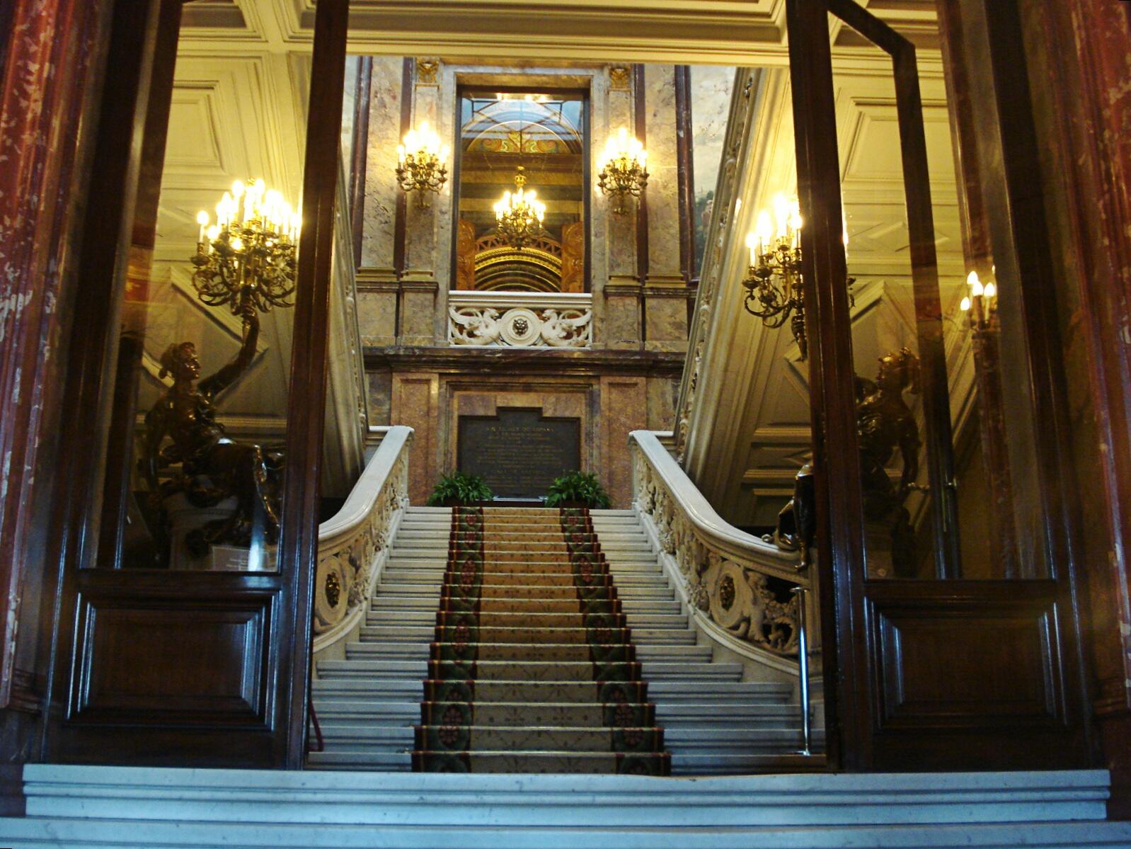 Solar For America >> Palacio de Linares: Misterio, leyenda, realidad | La Exuberancia de Hades