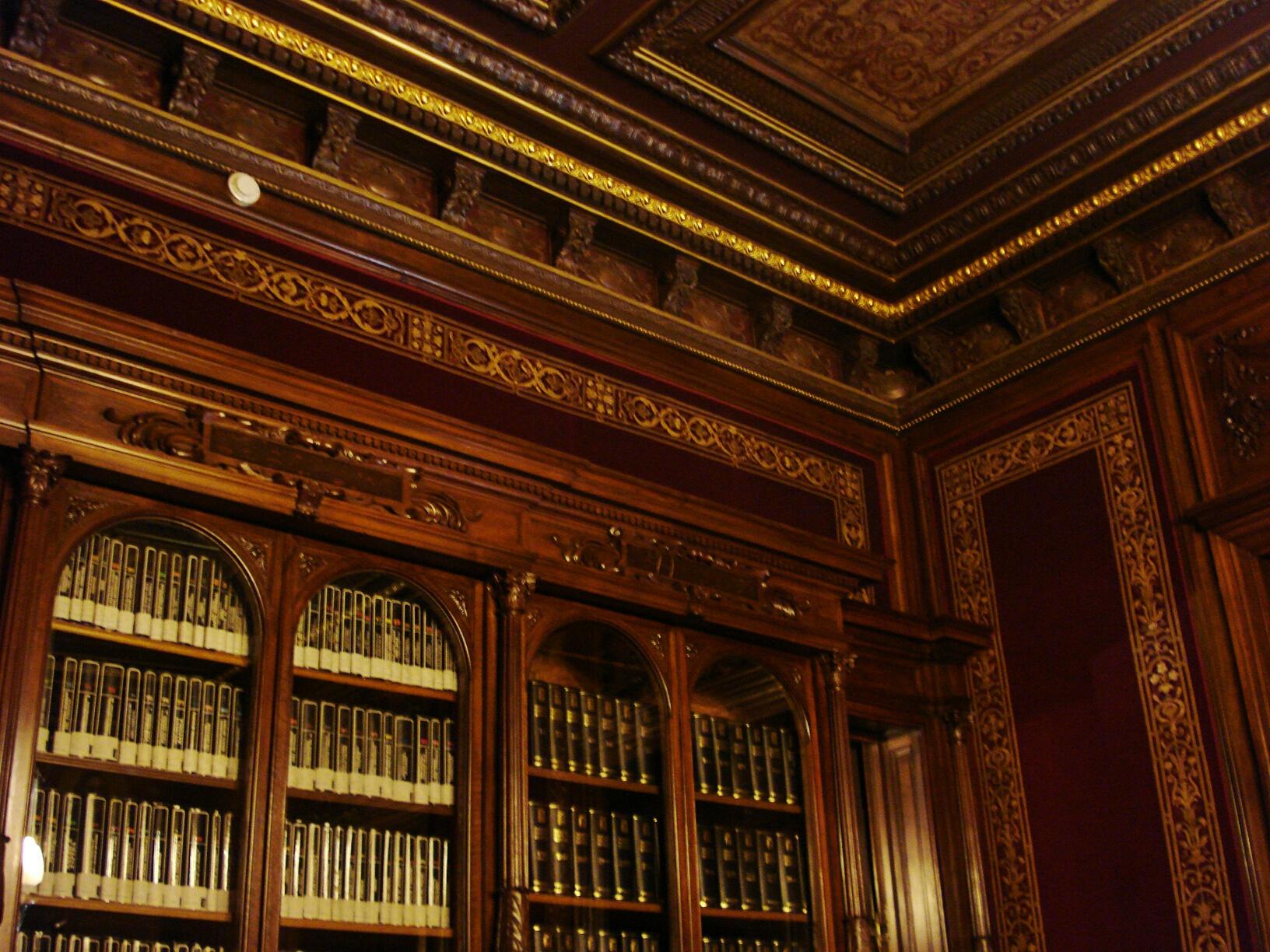 Solar For America >> Palacio de Linares: Misterio, leyenda, realidad | La ...