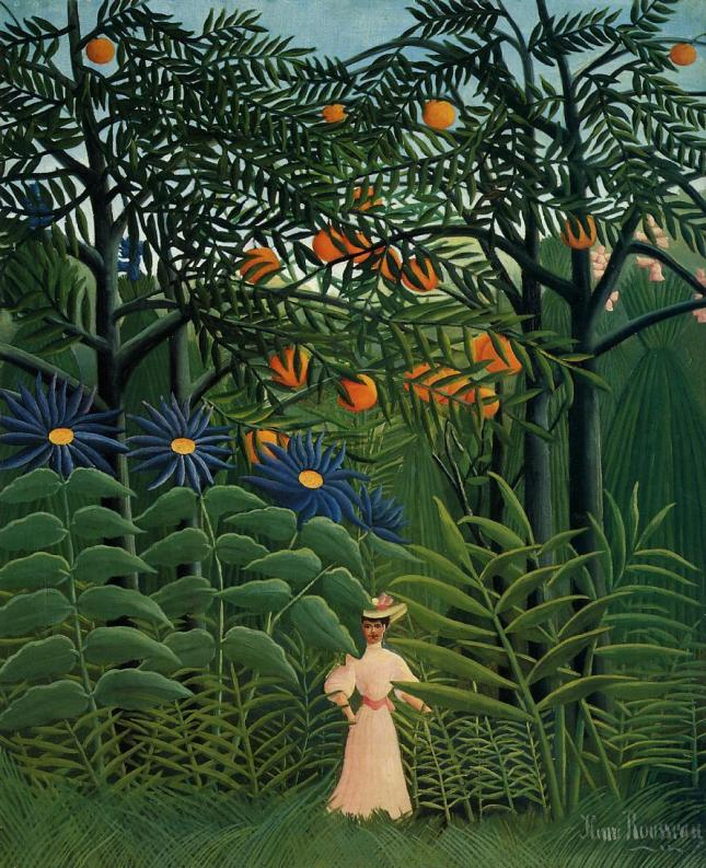 Mujer paseando por un paisaje exótico