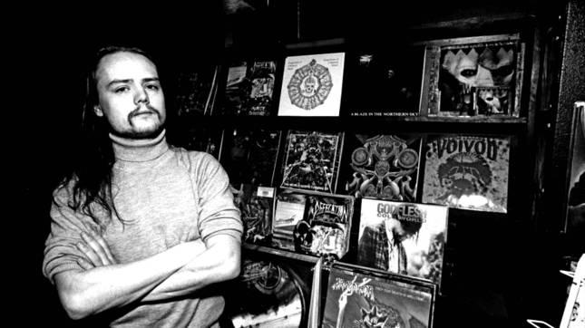 Euronymous en su tienda Helvete