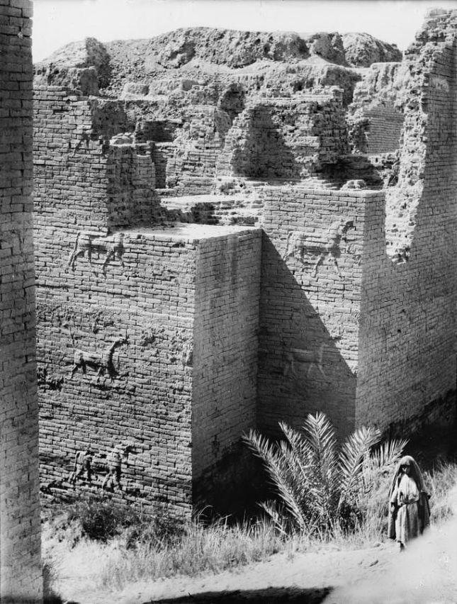 Puerta de Ishtar en Babilonia (Circa 1930)