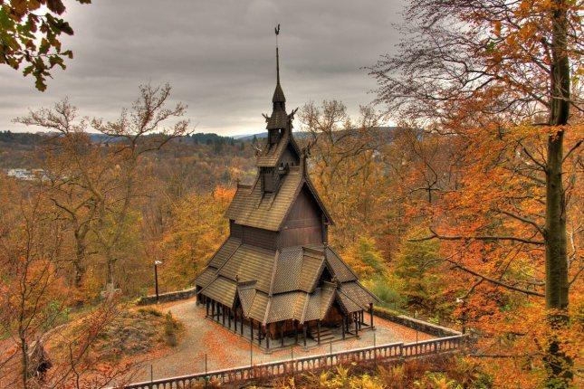 Iglesia de Fantoft