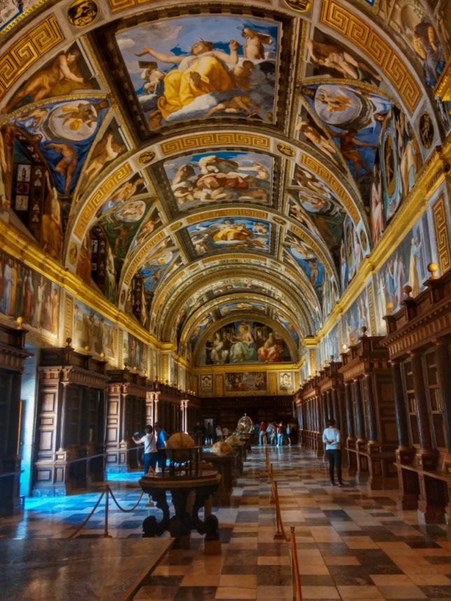 biblioteca-del-real-monasterio-de-san-lorenzo-de-el-escorial