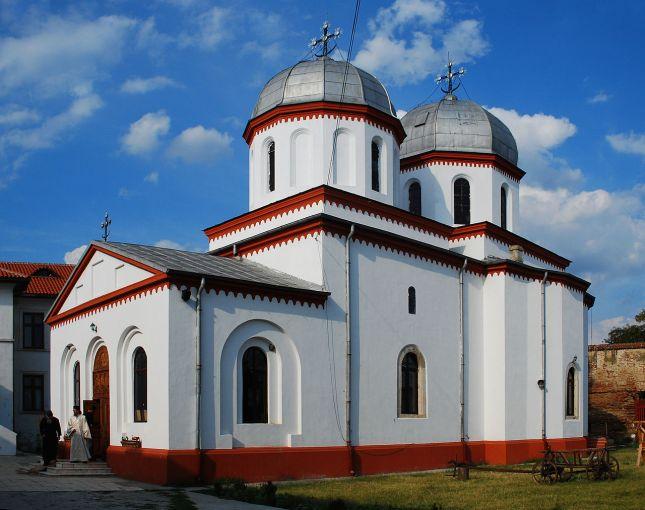 monasterio-de-comana