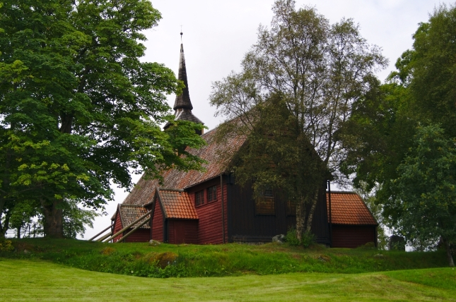 stavkirke-de-kvernes