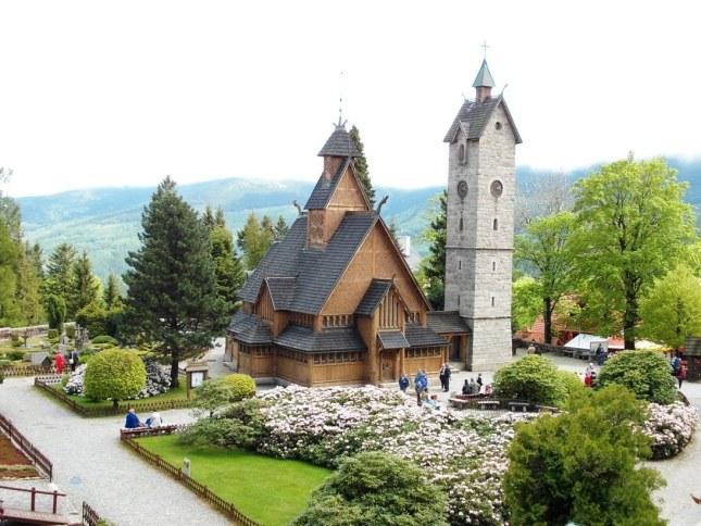 stavkirke-de-vang